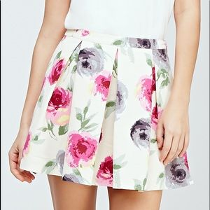 aa484f6869 Forever 21 Skirts - Forever 21 Pleated Watercolor Floral Skirt